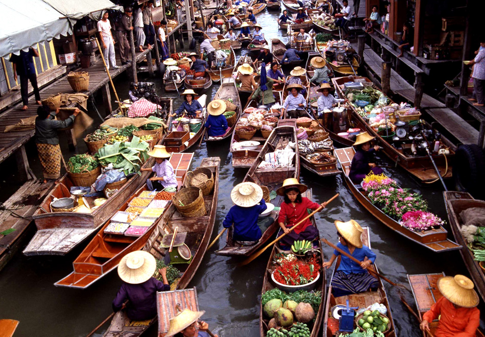 damnoen-floating-market-excursion-bangkok-best-hotels-thailand2